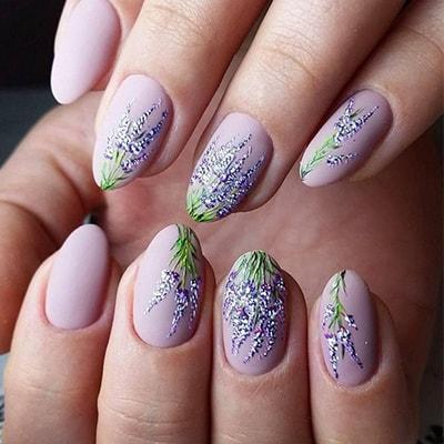 Акварельная техника в дизайне ногтей