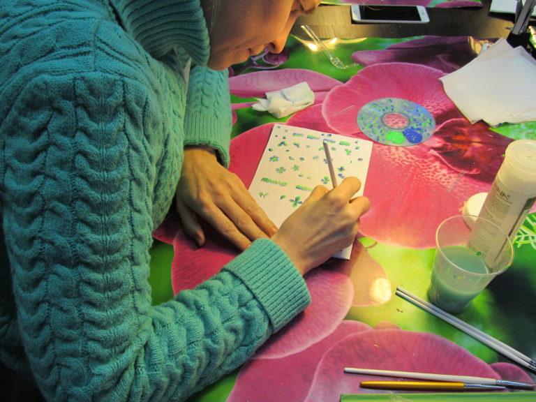 Обучение Китайской росписи, Литью фольгой и Жидкие камни