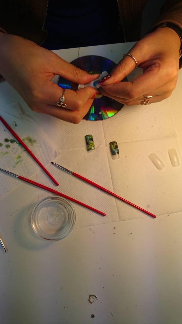 курс по акварельной технике в дизайне ногтей
